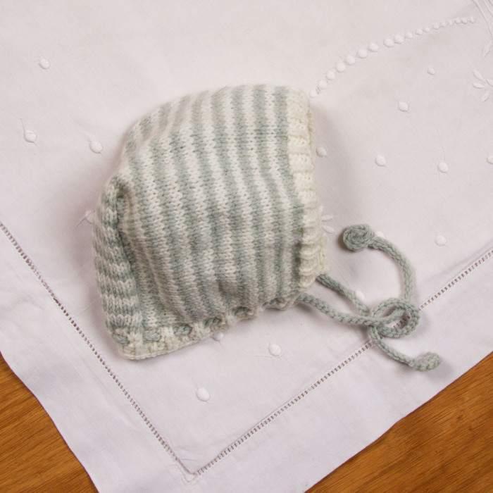 Béguin à tricoter